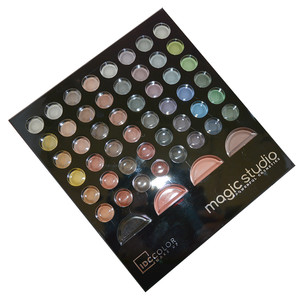 IDC COLOR IDEAL ASSORTMENT 48 SOMBRAS + 3 BLUSH